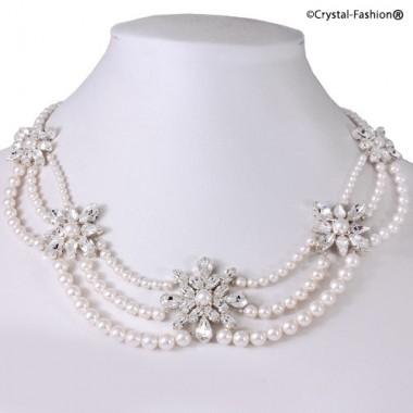 Gloria Pearl Necklace