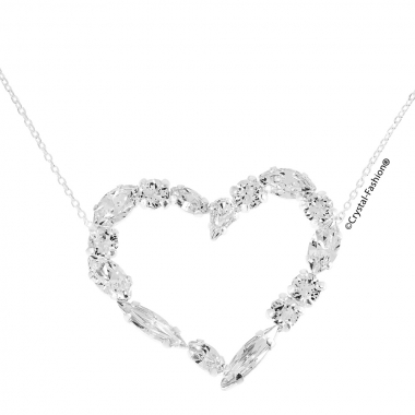 Skin Chain Heart in Love