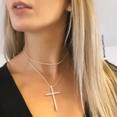 Mona Cross Necklace